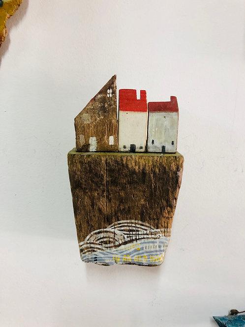 שלושה בתים