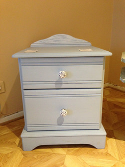 Shabby chic drawer unit