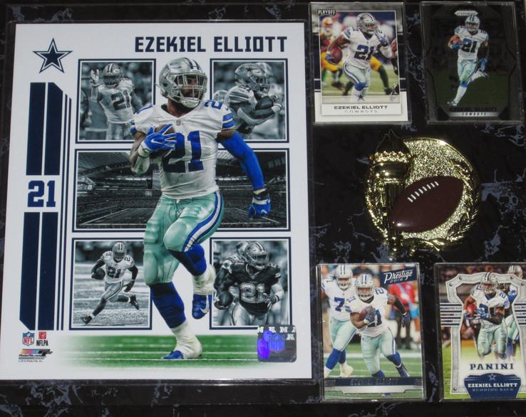 Zeke Elliot Plaque