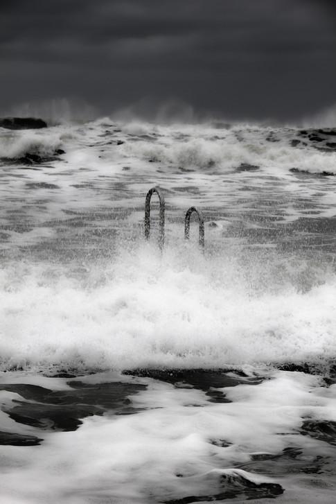 wave gloom.jpg