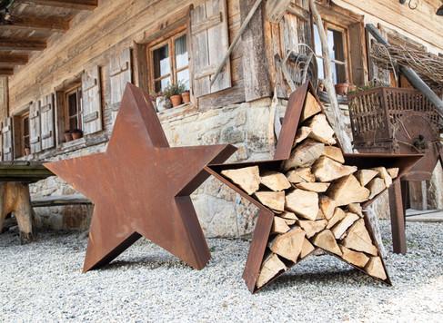 Holzstapler Sterne