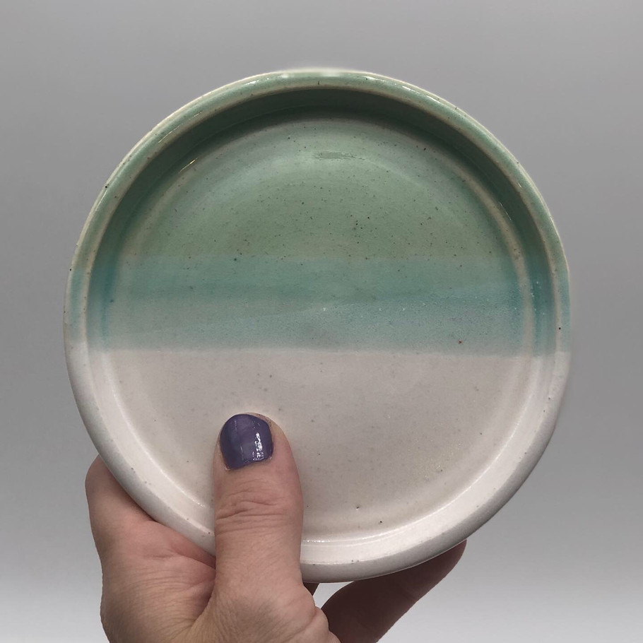 "5"" Turquoise and White plate"