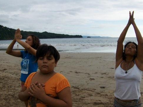 ejercicio+en+playa+Rodrigo+y+Mirah+098.j