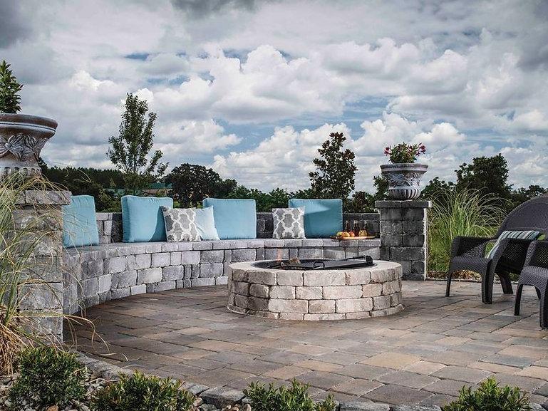 coastal_res_bel2015_patio_walls_firepit_