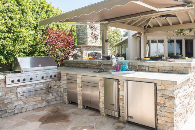 Create The Ultimate Outdoor Kitchen