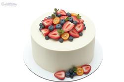 Торт с ягодами Киев