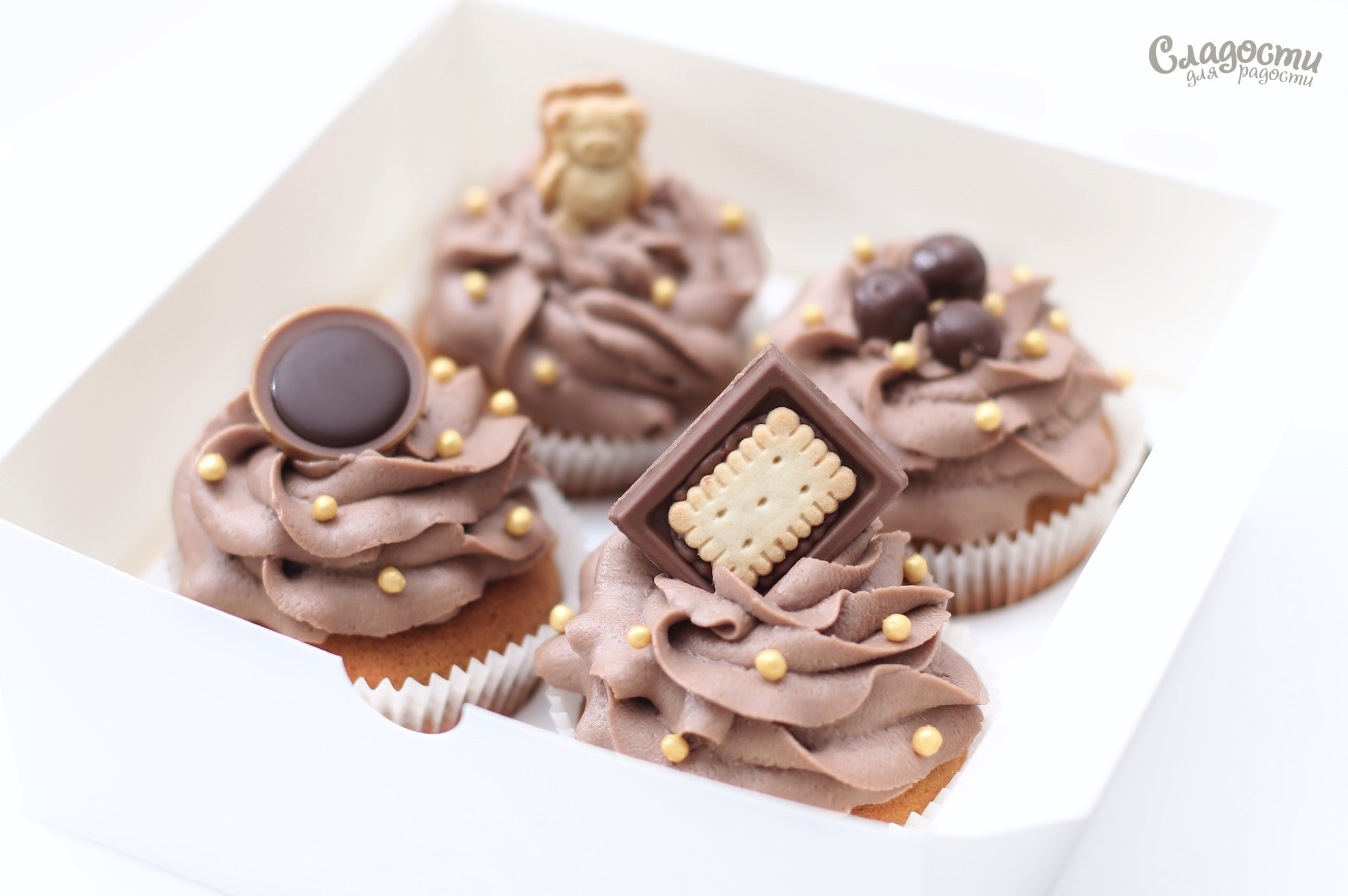 Капкейки ванильно-шоколадные