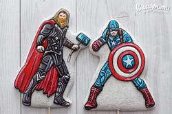 "Пряники ""Тор и Капитан Америка"""