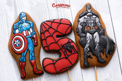 Пряники Капитан Америка и Бэтмен