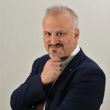 Dr. Erdal Ozkaya.jpg
