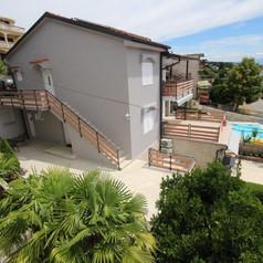 House view 3.jpg