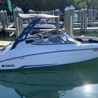 22ft 2018 Yamaha Boats 212 Limited S