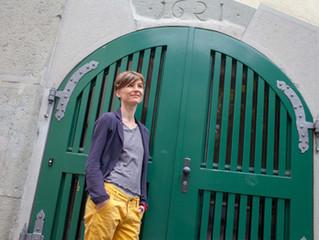 Реальные люди: Саша Городилова - основатель Литературного клуба в Цюрихе