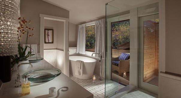 Creekhouse-Bathroom.jpg