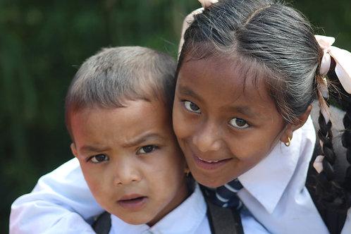Unterrichten in einer Dorfschule & Trekking zum M.t Everest
