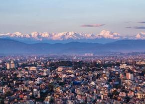 Man sieht ihn doch! ...den Mt. Everest von Kathmandu aus, nach 3 Monaten Lockdown