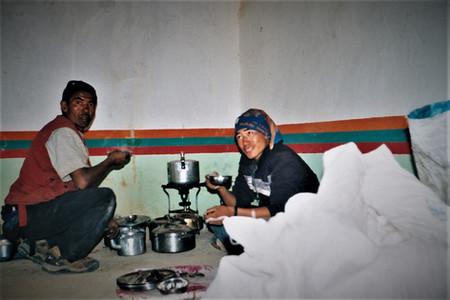 In der Trekking-Küche mit Kanja