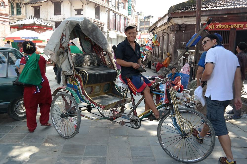 Rikschafahrer am Durbar Square in Kathmandu