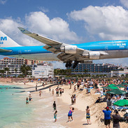 plane-landing-maho-beach-11.jpg
