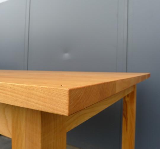 Tisch_Classic_Detail_2