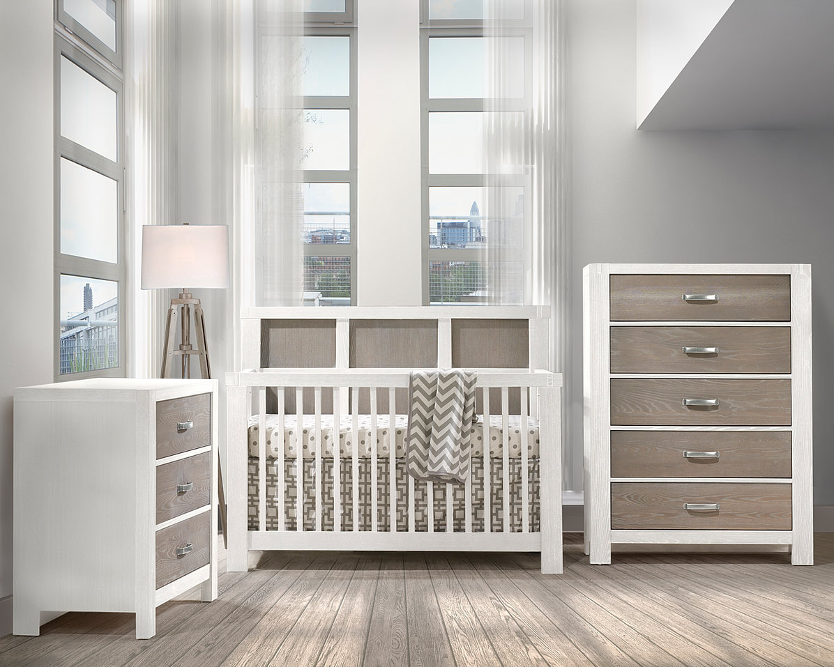 Used crib for sale atlanta - Solid Oak Surprisingly Practical