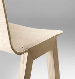 4982_Alki Heldu chair stud3.jpg