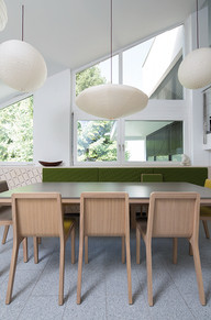 Emea_Chair_Produc_Gallery_House_Stuttgar