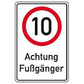 HMT-geschwindigkeit-10-km-h-achtung-fuss