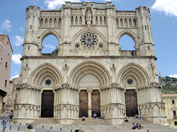 1280px-Catedral_cuenca