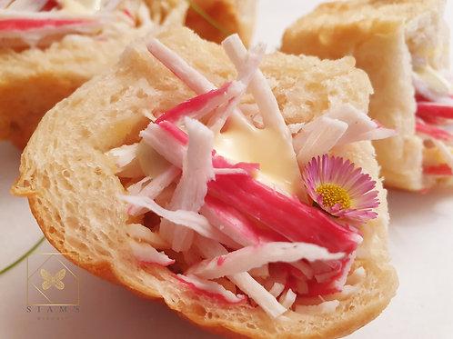 ปังปูอัดญี่ปุ่น - Crab Stick Bun