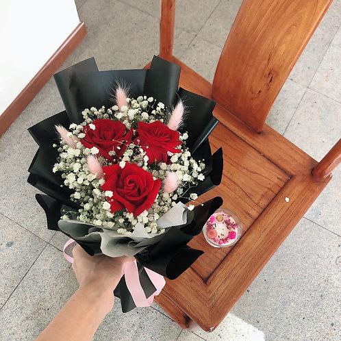 Red velvet ( fresh flowers )