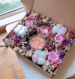 preserved flowers gift box