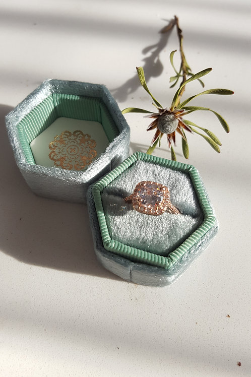 Heirloom Mint Green Velvet Hexagon Ring Box