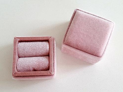Heirloom Blush Pink Velvet Ring Box