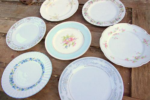 Vintage Mismatch Dinner/Lunch Plates