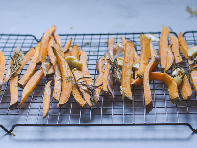 roasted sweet potato fries with garlic and rosemary