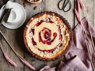 crostata di ricotta e fragola - ricotta and strawberry italian tart