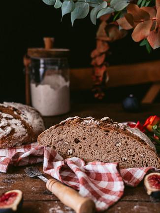 pecan artisan bread