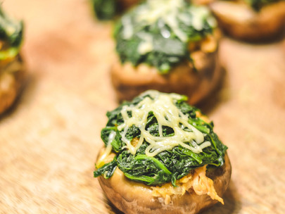 Cogumelos Recheados com Espinafres e Alheira: um petisco de fim de semana!