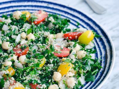 Tabouleh de quinoa e sementes de cânhamo