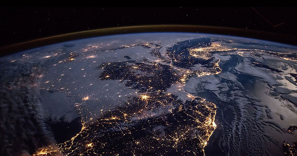 4k-timelapse-tour-of-earth-seen-from-iss