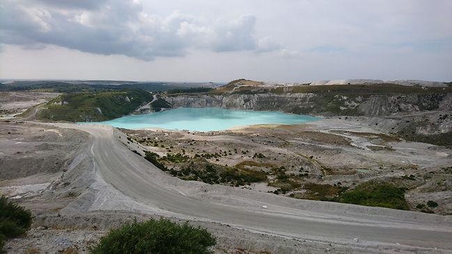 3-Lake-vs1.jpg