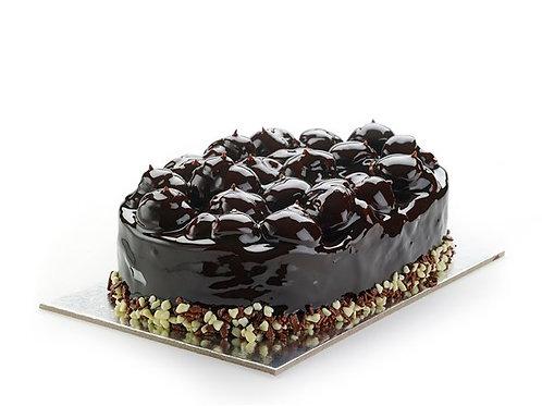 PROFITEROLE - Celebration cake from Crete island