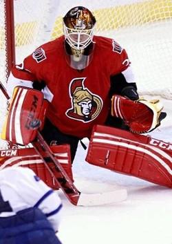 Nathan Lawson Ottawa Senators 03 NOT PAID