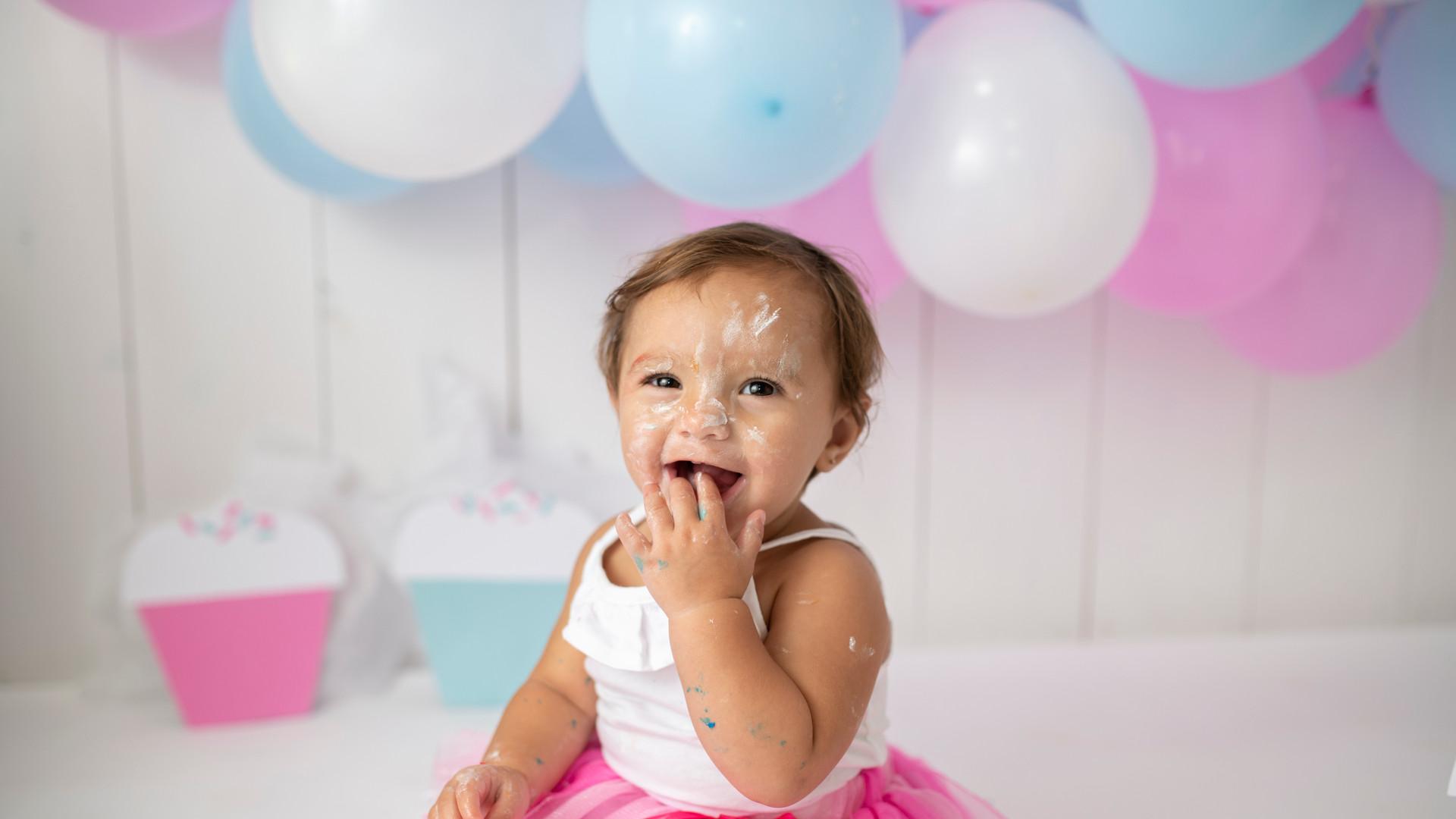 cake smash cupcake first birthday