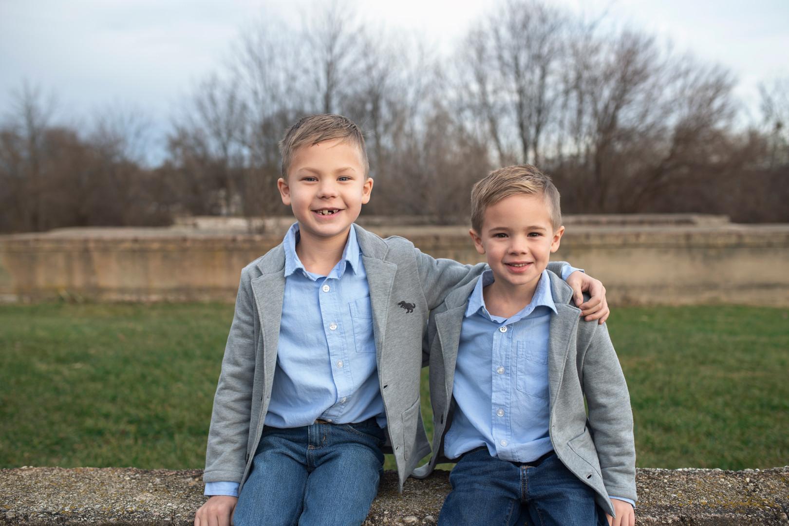 plainfield sunset barn family photographer