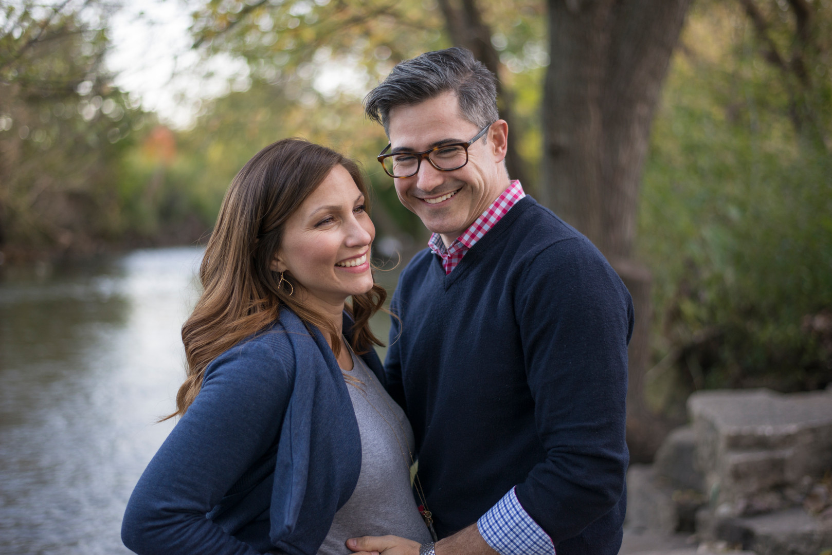 casual fall maternity session river trees