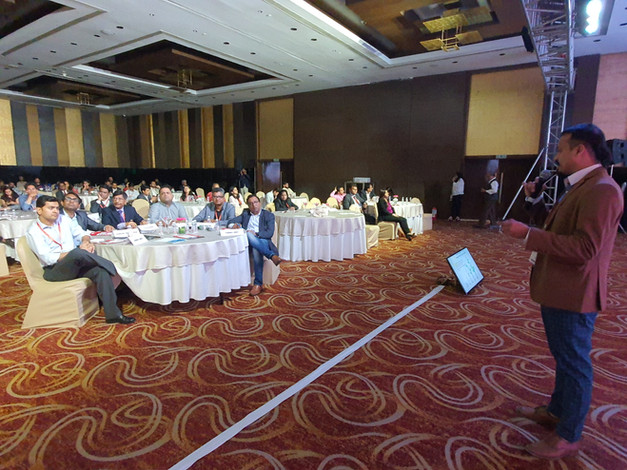 Startup pitching at the Entrepreneur India 35Under35 Contest