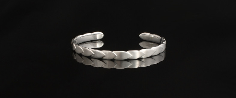 Torc bangle, Dragonscale. Sterling silver
