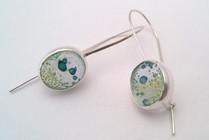 Green-blue bubble glass earrings set in